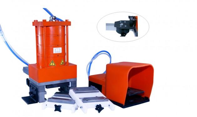 rbb-aluminium_hydropneumatische-tischstanze_01_web